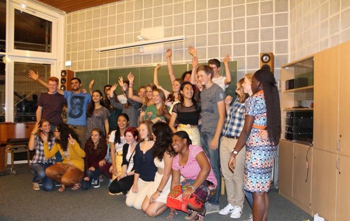 Gruppe 33 mit ihren Gastgebern 1