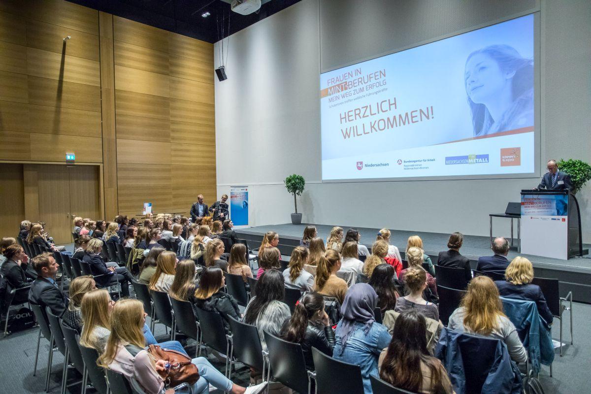 Frauen treffen celle Singles in Celle kostenlose Partnersuche & Singlebörse