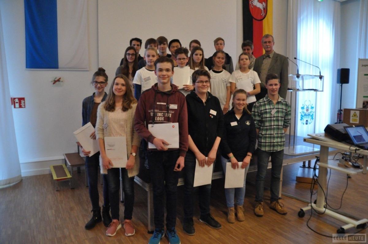 "Gewinner des Regionalwettbewerbs ""Jugend forscht"" 2017 stehen fest (CelleHeute am 15.02.2017)"