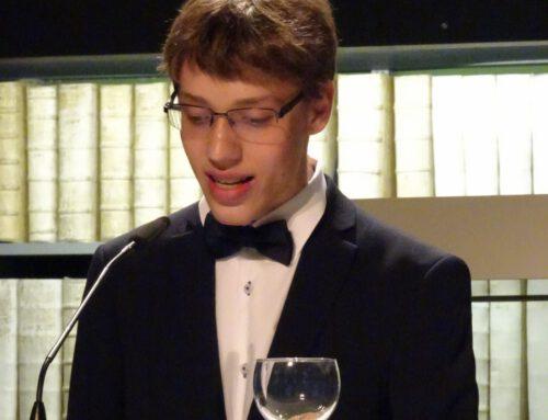 vincere Höltyanum est – Silas Hummler wird Landessieger beim Wettbewerb der alten Sprachen
